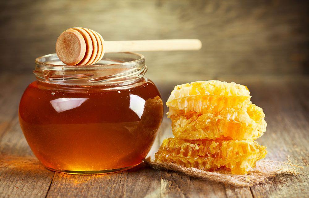 عس نکاتی که باید درباره عسل بدانید: خواص عسل که معجزه میکند;