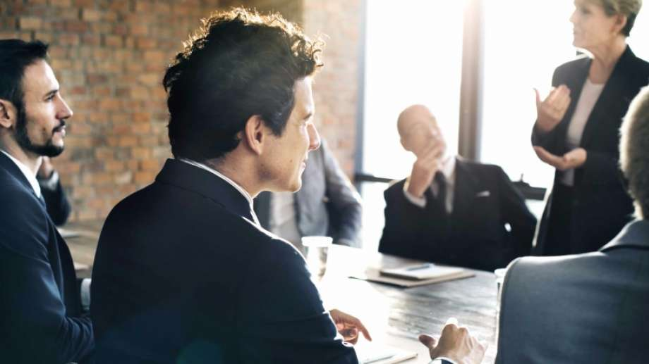 پنج رفتار (و زبان بدن) روزانهی رهبران موفق