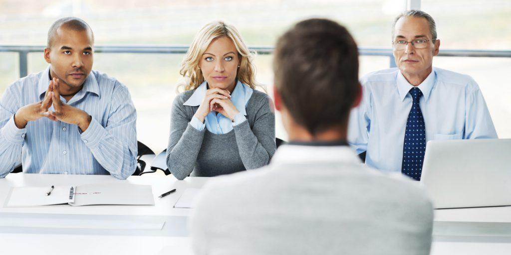 سوالات رایج مصاحبه های شغلی ، چگونه به این سوالات تکراری، پاسخی هوشمندانه و دقیق دهیم؟