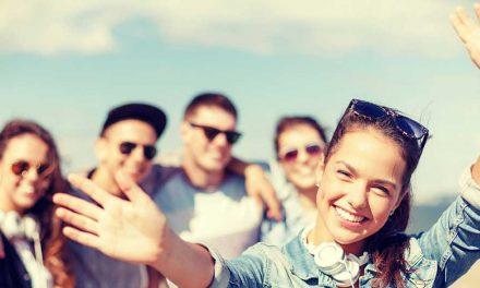 ۱۷ عادت رفتاری و گفتاری در افراد خیلی دوست داشتنی