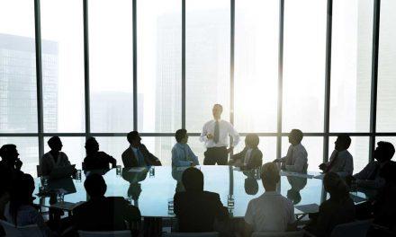 ۳۳ تعریف رهبری از دید مدیران برجسته دنیا;رهبری چیست؟