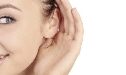 ۱۰ اصلی که شما را تبدیل به یک شنونده خوب میکند