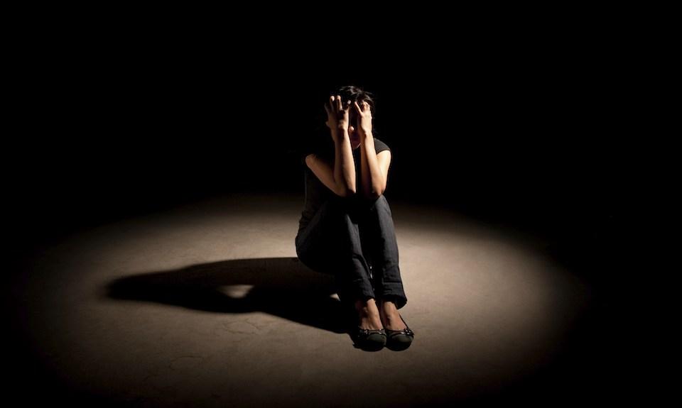 فوبیا چیست؛ انواع اختلال هراس و راههای درمان