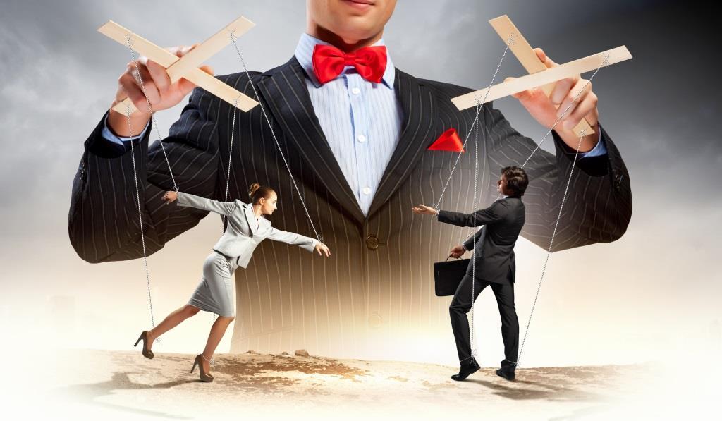 ۶ نشانهی افراد سلطه جو و چگونگی برخورد با آنان