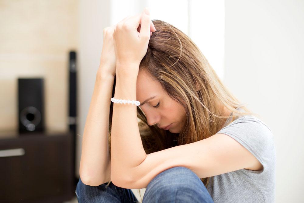 علائم فیزیکی افسردگی که احتمالا نمیدانستید