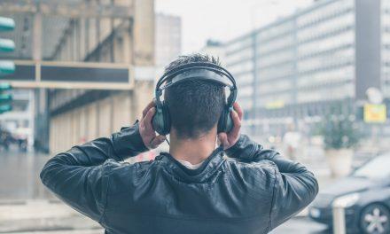 فواید موسیقی برای ذهن و جسم؛ نگاهی به ۱۰ فایده شگفتانگیز درمانی آن