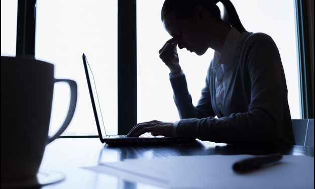 ۱۲ کار اشتباهی در زندگی روزمره
