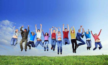 گروه درمانی چیست و پنج مزایای شرکت در جلسات گروه درمانی