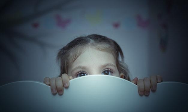 چگونه ترس و اضطراب کودک خود را از بین ببریم؟