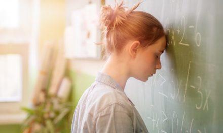 ۵ جمله ای که به کسانی که اختلال اضطراب دارند نباید بگویید.