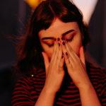 ۲۵ روشی که کمک میکند عصبانیت خود را کنترل کنید.