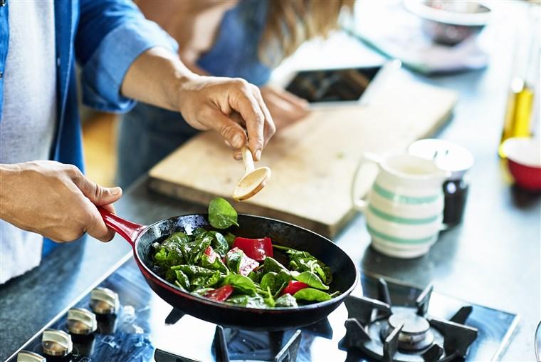 راحتی: از کارهای سخت لذت ببرید و خوراکیهای خوب و پرانرژیای که خودتان درست کردهاید بخورید