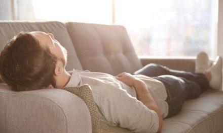 ۱۳ تأثیر شگفتانگیز خواب بعد از ظهر