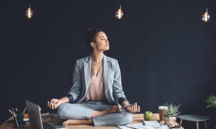 ۱۲ اشتباه در شروع روز که بهرهوری روزانه شما را کاهش میدهند!