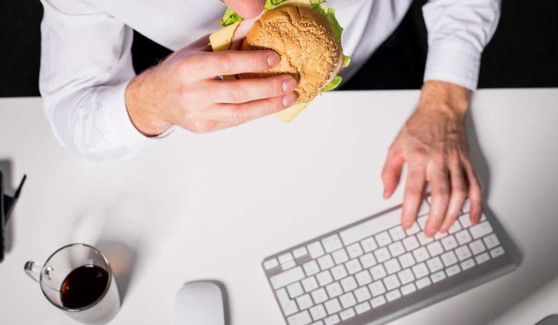 رابطه استرس و چاقی چیست؟