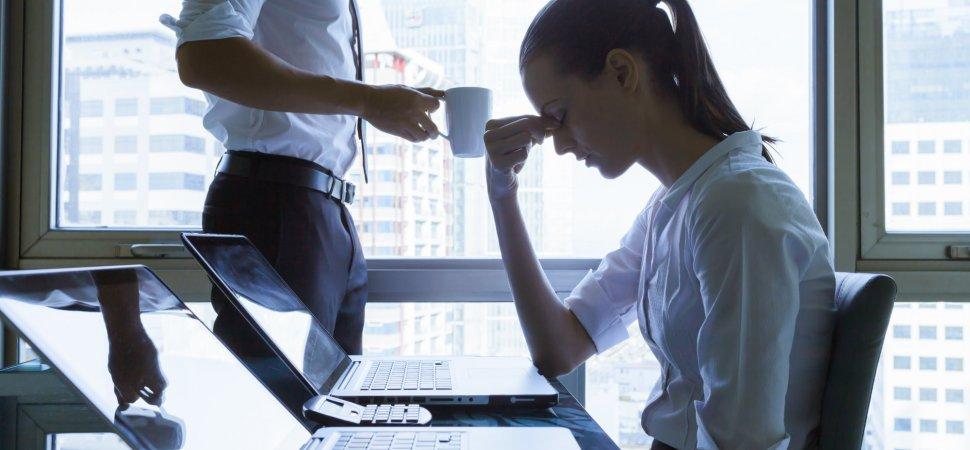 اگر استرس دارید با این عادات مبارزه کنید.