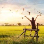 چگونه خودمان را ببخشیم و از زندگی لذت ببریم؟