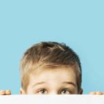 ویژگیهای کودکان درون گرا ؛ و چه تفاوتی با خجالتی بودن دارد؟