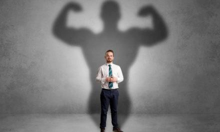 تفاوت بین اعتماد به نفس و اعتماد به نفس کاذب کجاست؟