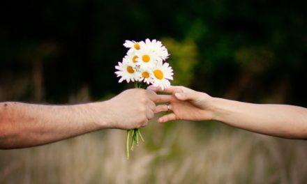 دلایلی که نشان میدهد مهربان بودن برای سلامتی مفید است.