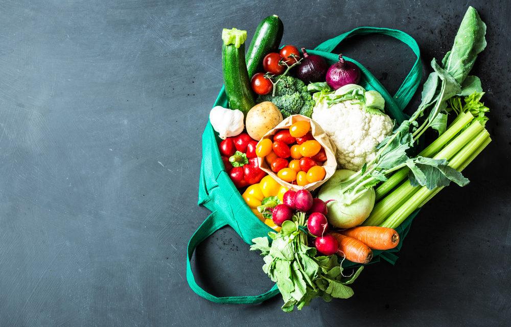 آیا مصرف بیش از اندازهٔ میوه برای سلامتی مضر است؟