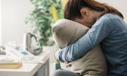 چند راهکار برای کنار آمدن با غم و اندوه