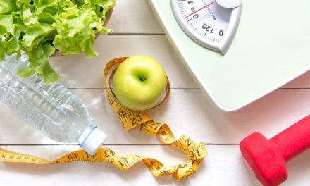 ۱۲ میوه ای که به کاهش وزن شما کمک می کند!