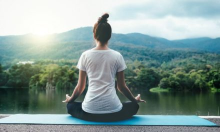 کاهش استرس با چند حرکت ساده یوگا