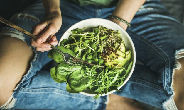 ۷ غذایی که در کاهش علائم رفلاکس معده مؤثرند.