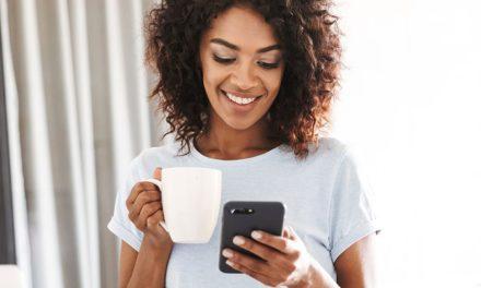۷ راه ساده و کاربردی برای نجات چشمانتان از فشار گوشی های هوشمند