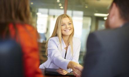 ۷ سؤالی که به شما کمک میکند فرد مناسبی را استخدام کنید.