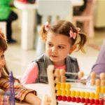 رشد عاطفی در کودکان چیست؟