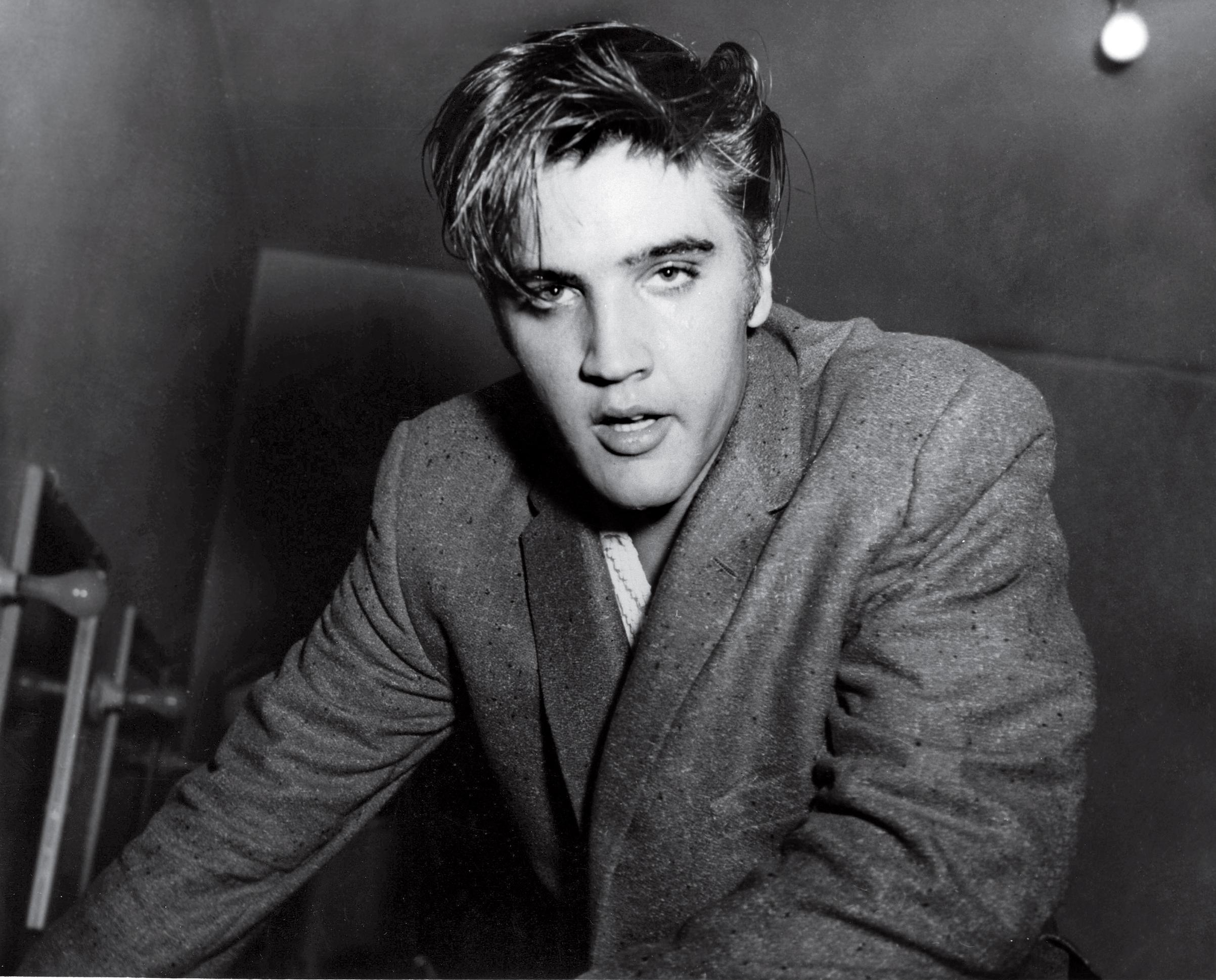 ۱۳. الویس پریسلی (Elvis Presley)